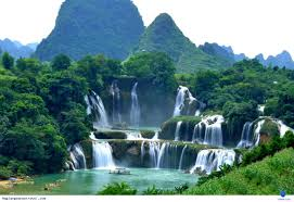 Sài Gòn - Quy Nhơn - Đà Nẵng - Quảng Bình - Nghệ An - Hà Nội - Lạng Sơn - Bắc Kan- Cao Bằng - Lạng Sơn